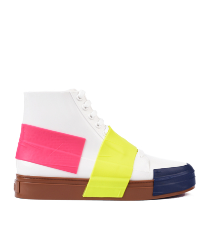 Melissa Crew Ad White Brown Pink